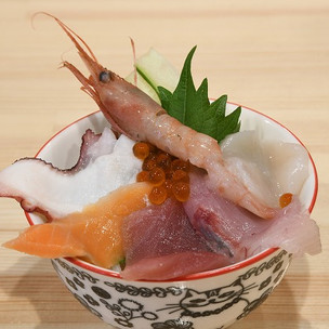 夜のミニ海鮮丼