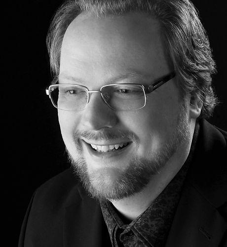 Headshot of Timothy Allen