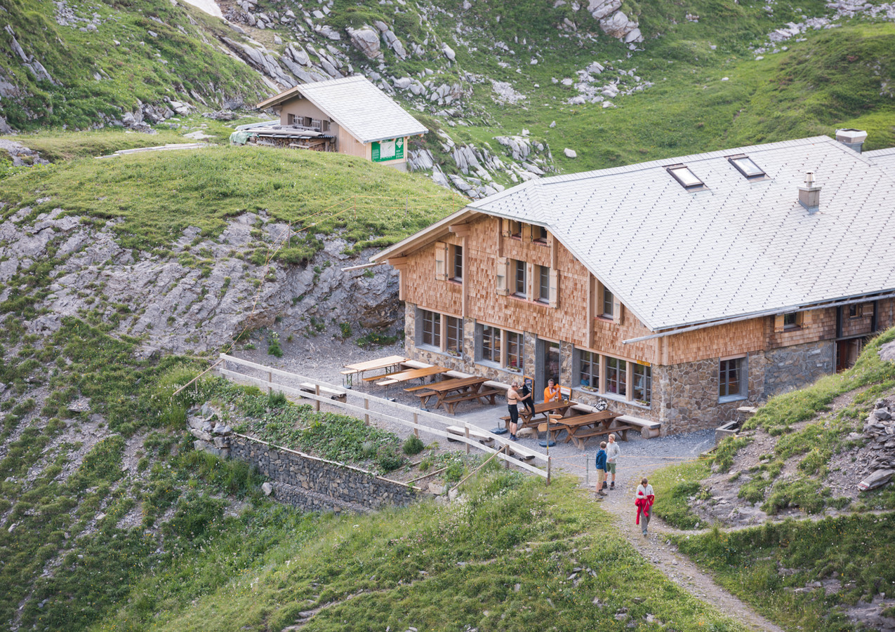 Hütte_Sommer_David_Schweizer.jpg