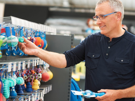 Aussies in the mood for in-store shopping.