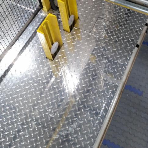Diamond plate flooring section
