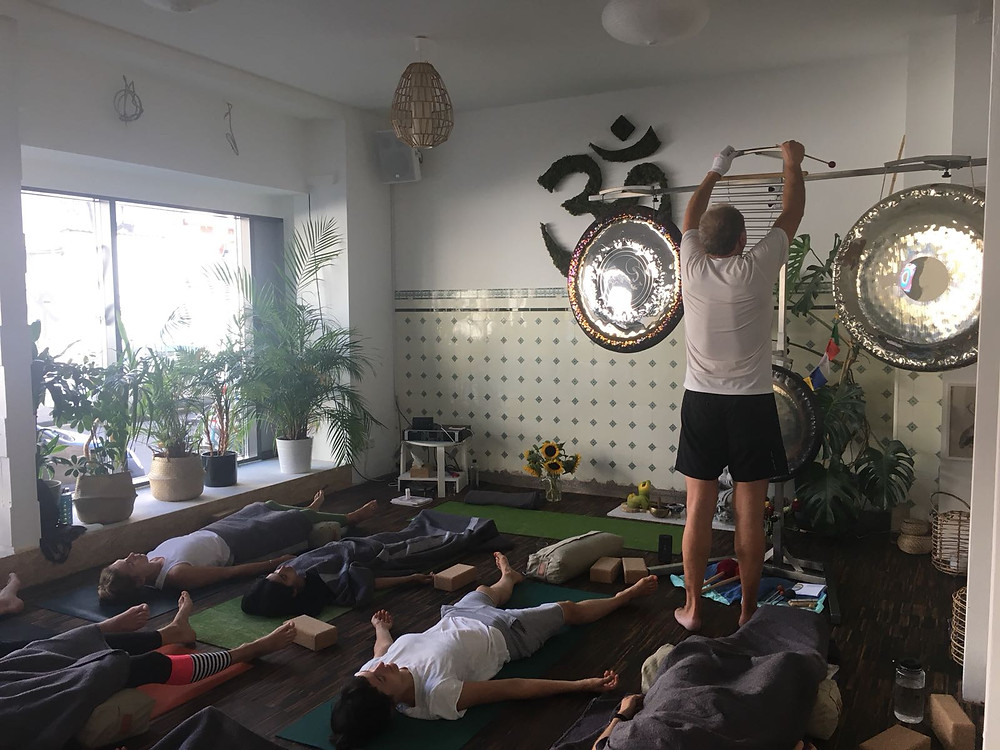 Peter Namayan Yoga Gong Bad in  Frankfurt & Offenbach