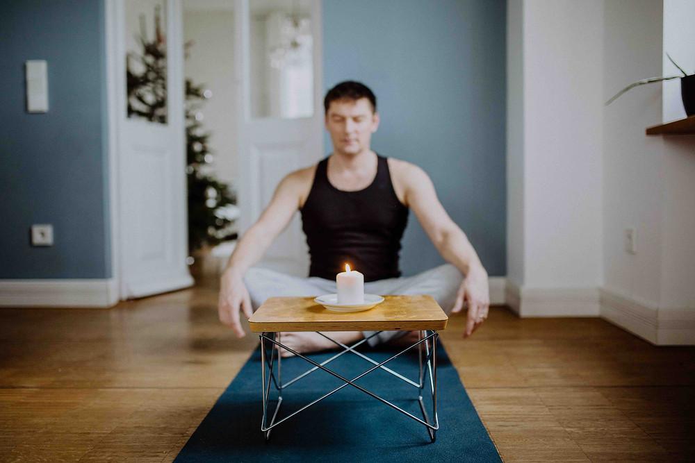 Tratak als vorbereitende Übung zur Meditation
