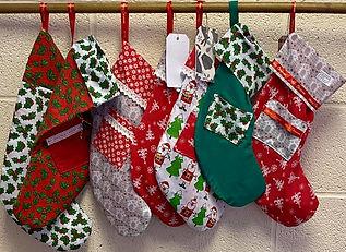handmade_xmas-stockings.jpg