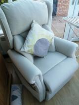 Riser_chair1.jpg