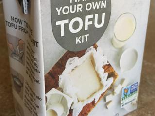 日系スーパーで売っている「豆腐作りキット」