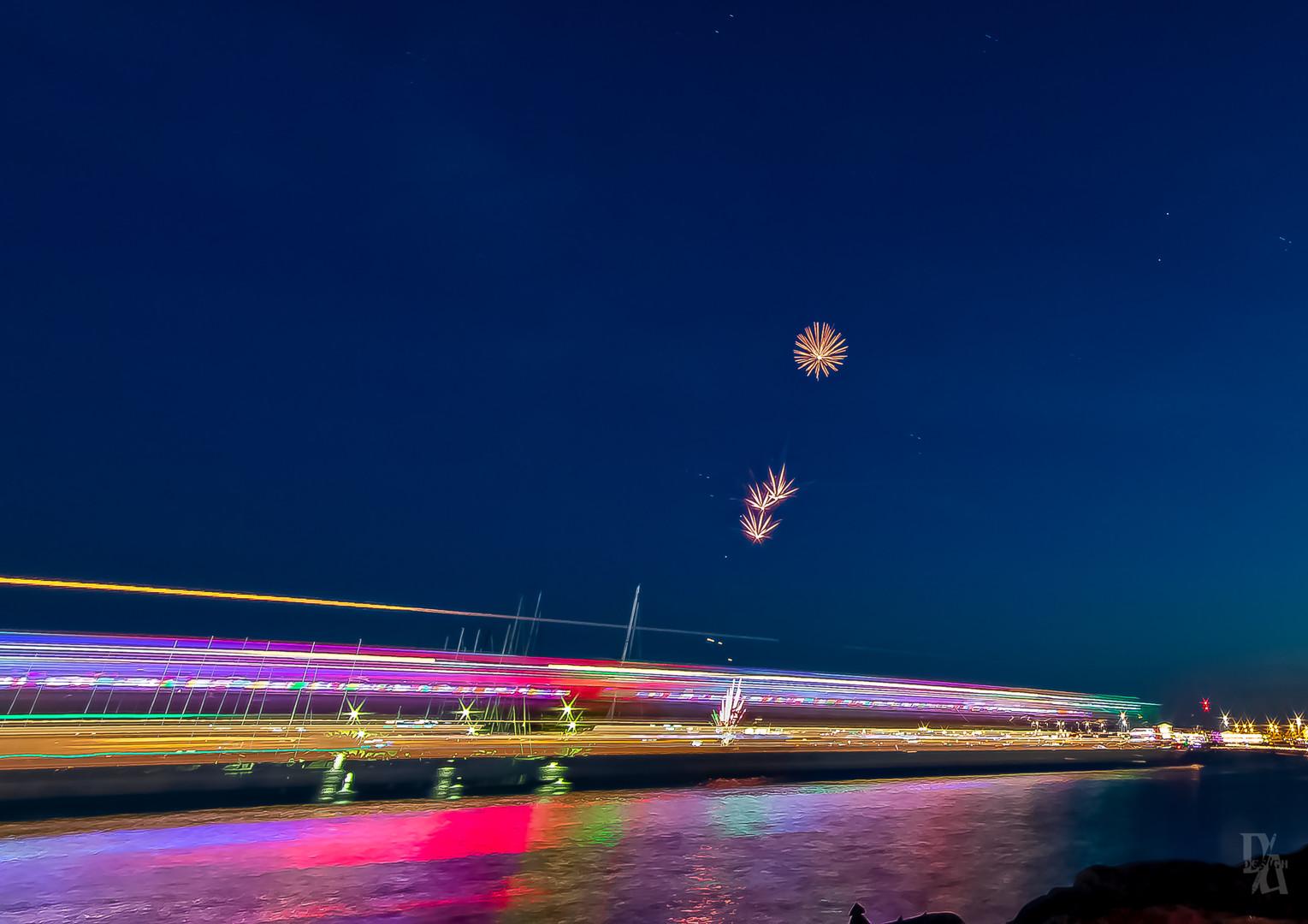 Venetsia Fireworksbegin-disco boat drive