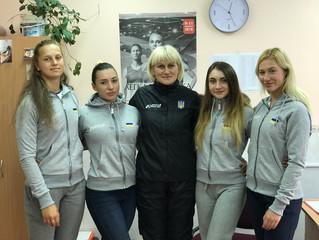 Тренер Марина Омельченко зі своєю командою завітали до ЦОПу