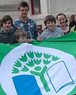 GreenFlag.jpg