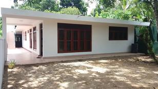 Depanama Pannipitiya House for Sale 1.5km to High Level Road