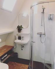 Iedere kamer een eigen badkamer