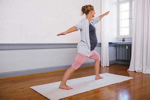 yoga-schwangerschaft-03.jpg