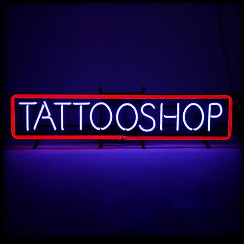 Tattooshop Tattoos Neonbuchstaben Leuchtreklame