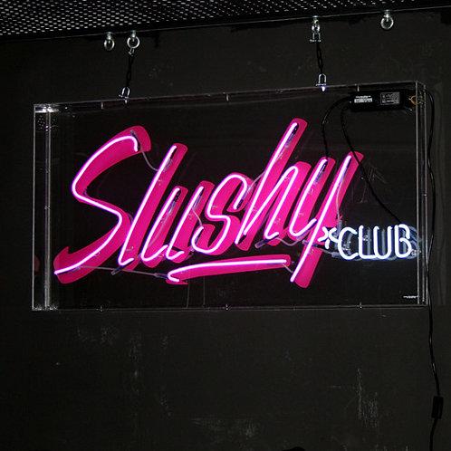 Slushi Club Berlin Mitte Neonreklame