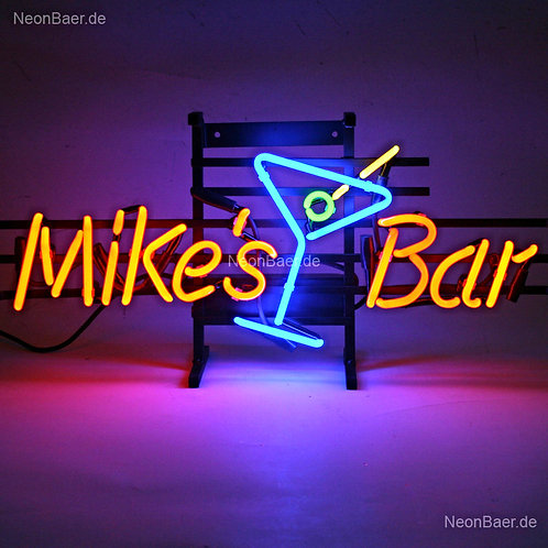 Mikes Bar Cocktailglas Neonreklame
