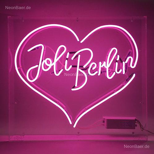 Joli Berlin Herz Neon Buchstaben im Plexiglaskasten