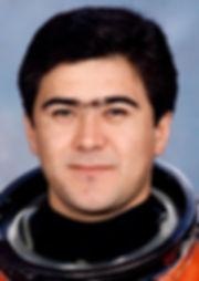 (Узбеки)Российский космонавт Салижан Шар