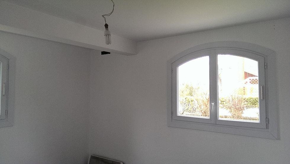 plafond toile de verre free la toile de verre pour recouvrir murs et plafonds with plafond. Black Bedroom Furniture Sets. Home Design Ideas