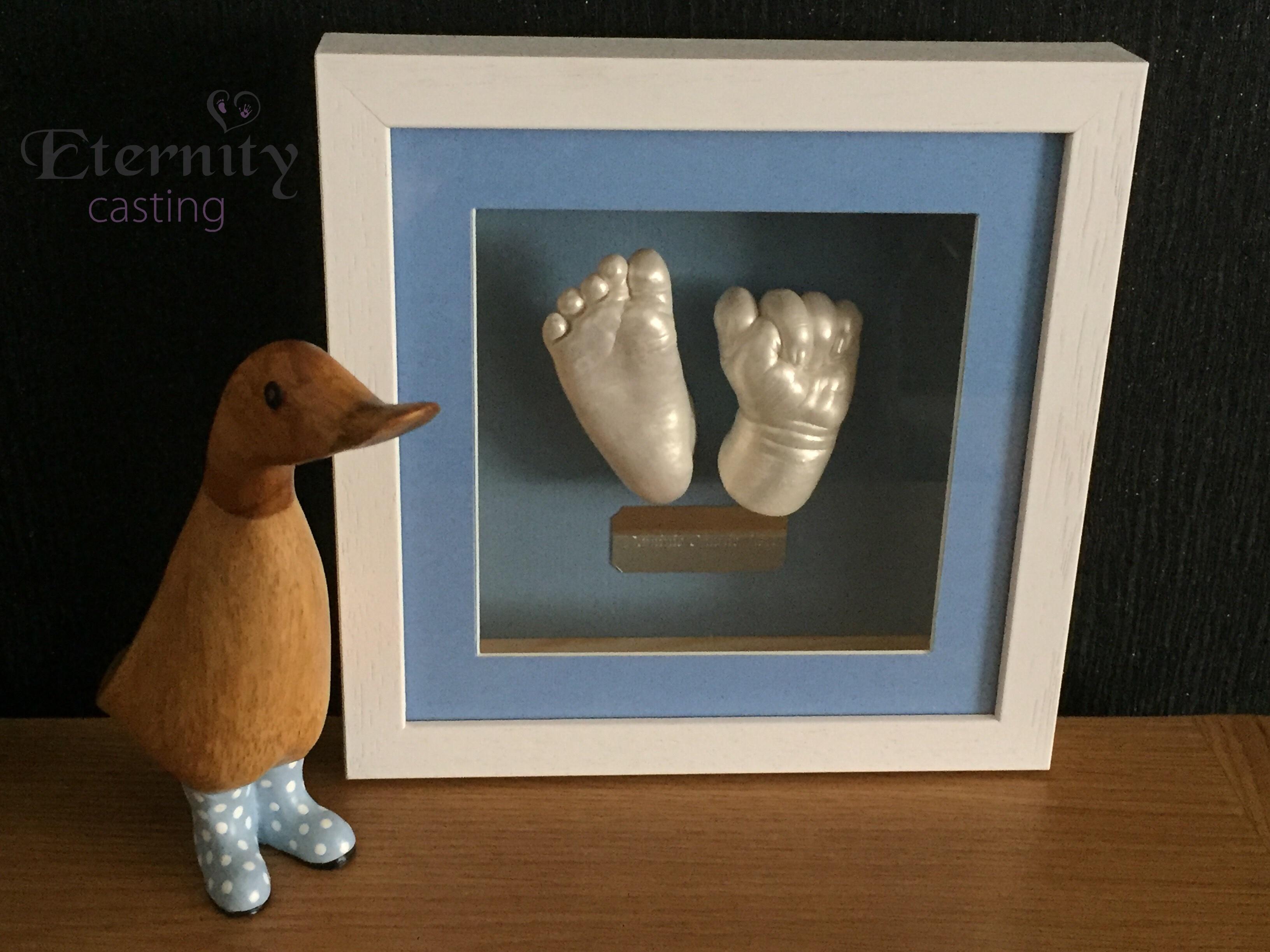 Framed nany hand and foot cast