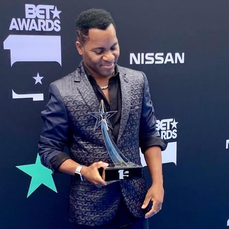 Aaron Bing BET Awards 2019 Red Carpet
