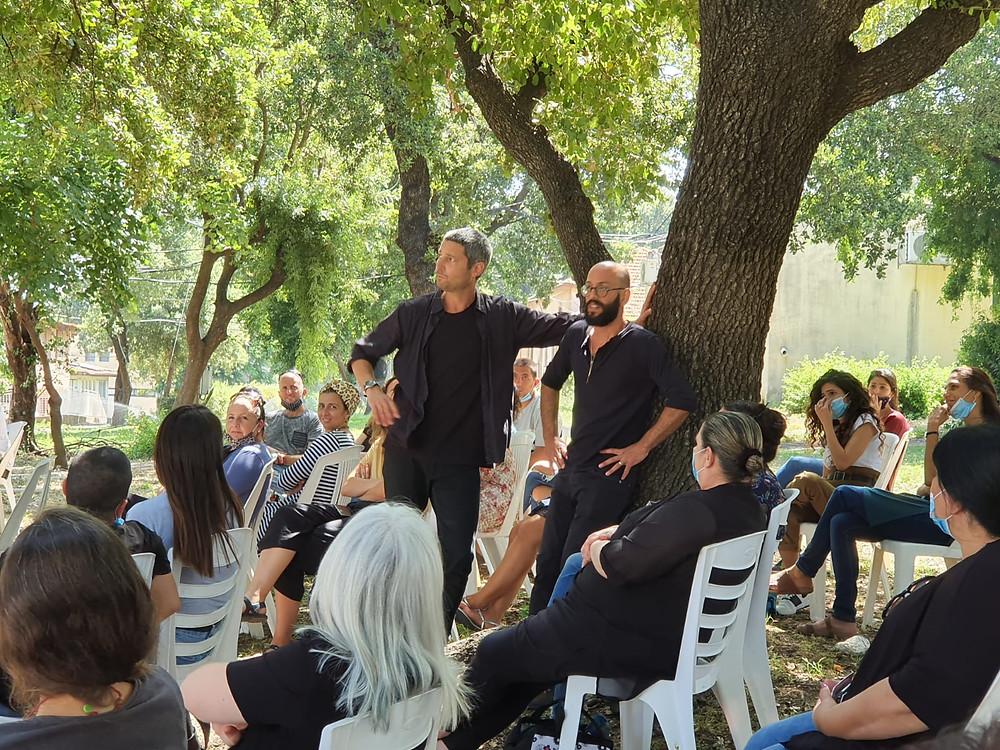 החבר׳ה מאיכילוב מופע תיאטרון פלייבק לצוות חינוכי
