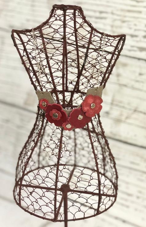 Poppy Arc Necklace