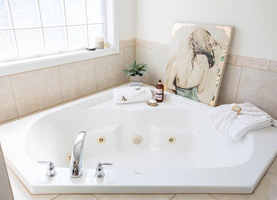 Raise your hand if this is bathtub goals