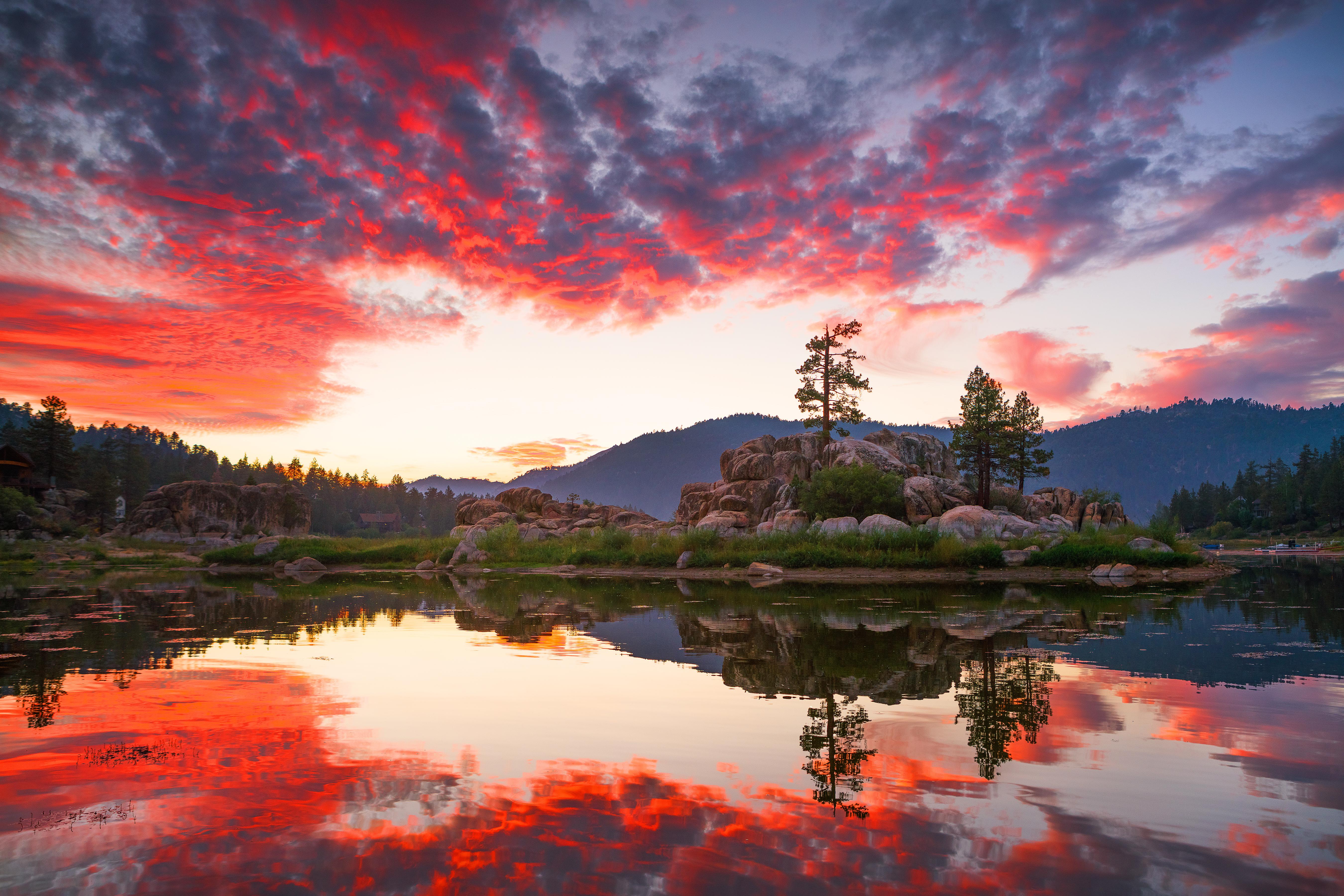Boulder Bay Red