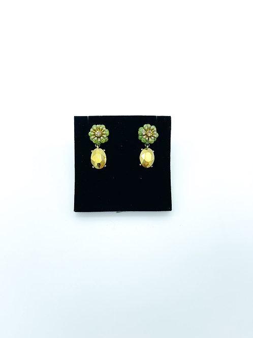 Orecchini pendenti a fiore con pietre color giallo