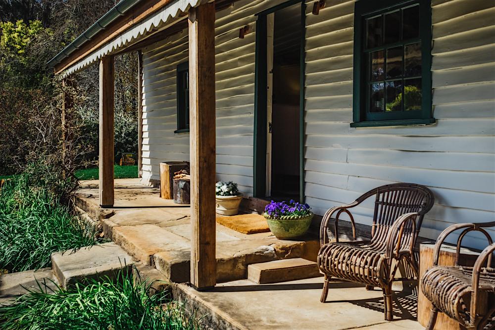 Oldbury Cottage's front veranda