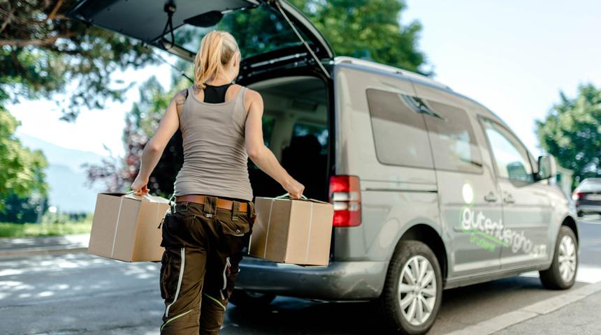 Versand und Logistik