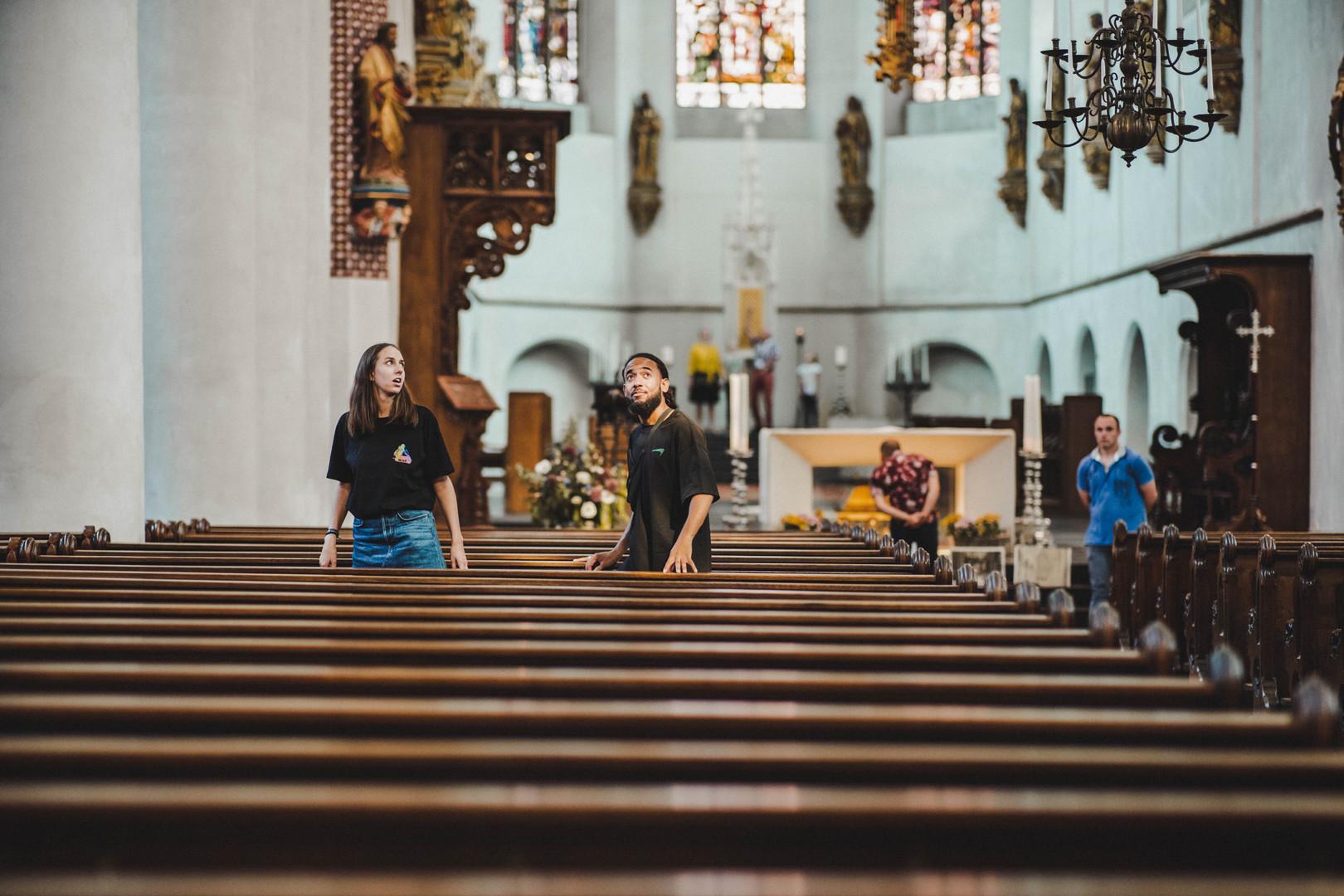 Bezoekers in een kerk van Kerken Kijken Utrecht