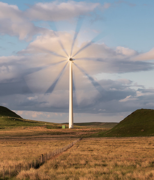 LONE TURBINE AT WHITELEE