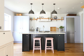 Shaker kitchen with feature island.JPG
