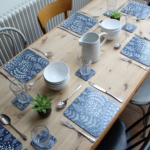 Set of 6 Edward Squirrel Placemats in midnight blue