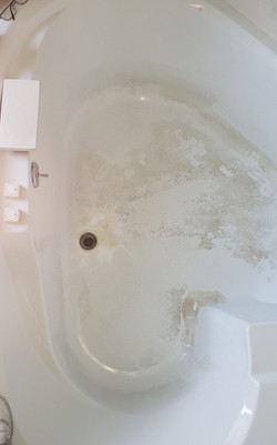 Jacuzzi Before
