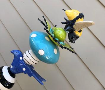 Bumble Bee eating