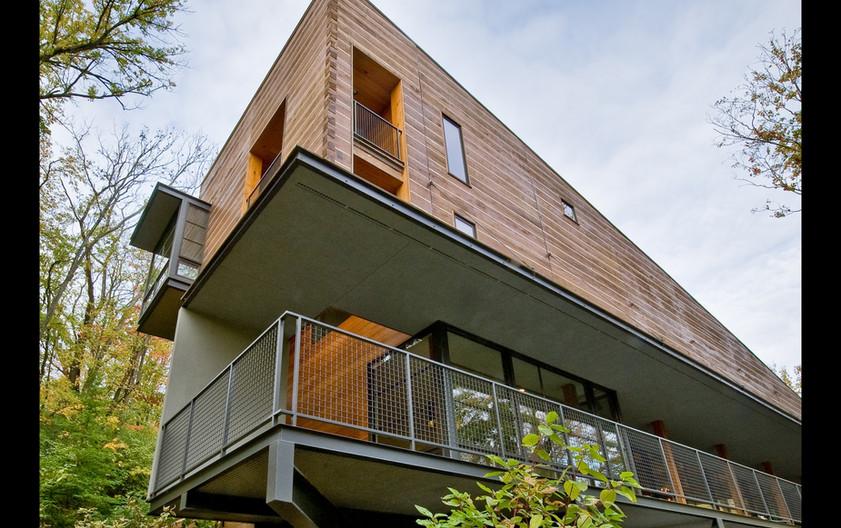 Walnut Woods Residence