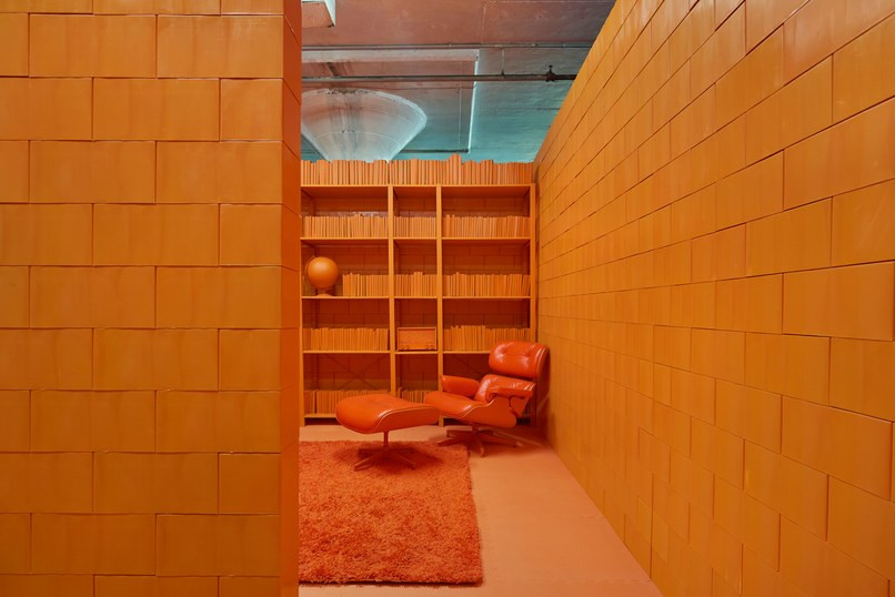 monochrome-room-color-1+(1) (1).jpg