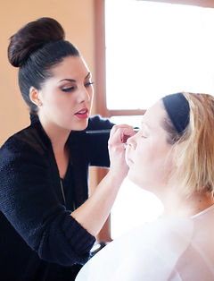 Makeup Artist in Green Bay, WI