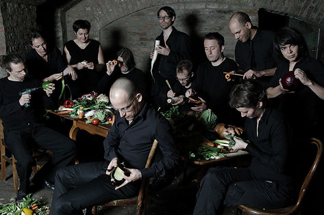 The_Vegetable_Orchestra01.jpg