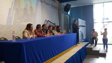 Se Realizó La Ceremonia de Entrega de Becas 2018 - 2019