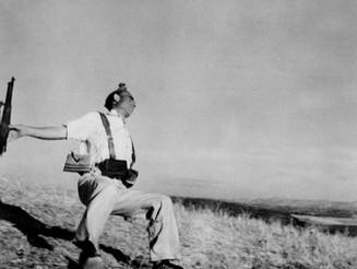 Robert Capa, Retrospective. In mostra a Monza il grande fotografo del '900.