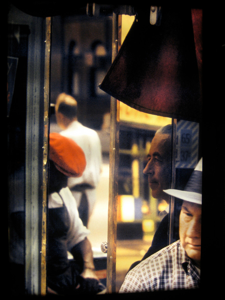 Saul Leiter street photography