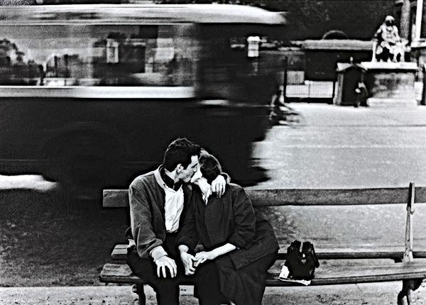 Gianni Berengo Gardin bacio