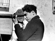 Robert Capa, i libri per conoscere il grande fotografo di guerra