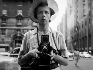 Vivian Maier, la bambinaia fotografa in mostra per la prima volta Milano