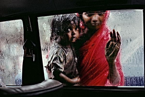 Steve McCurry fotografia finestrino