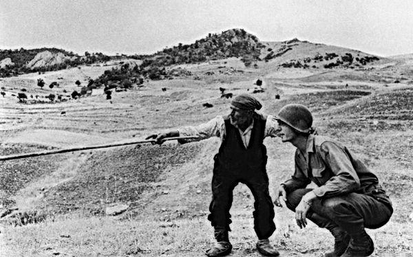 robert capa soldato e contadino italia