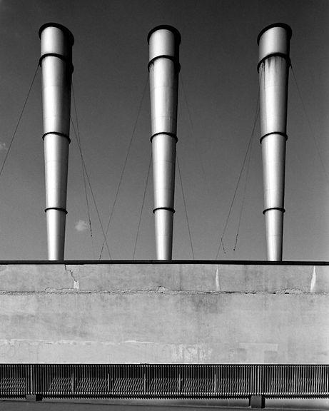 Basilico fotografo fabbriche milano
